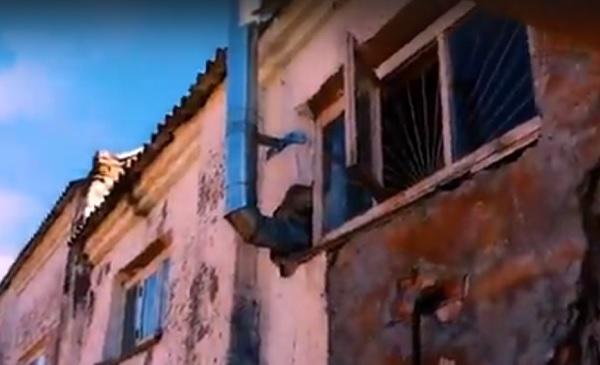 новости, Россия, Северная Осетия, село Хумалаг, детский спортивный комплекс. видео, ролик, фильм ужасов, зал ужасов, кадры, руины здания
