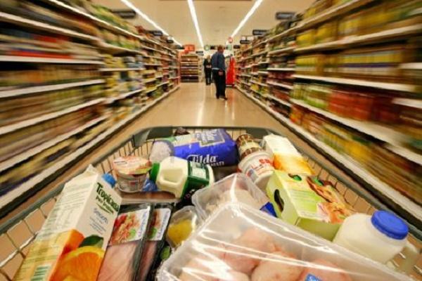 Цены на основные продукты потребления в Киеве, Донецке и Крыму. Инфографика