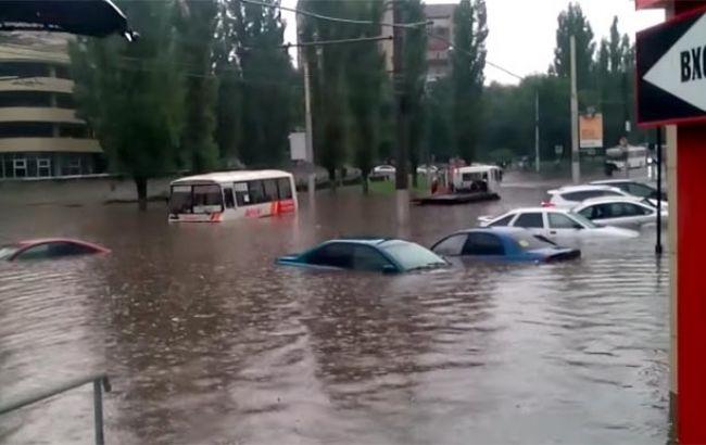 Катаклизм в Сочи: город погружается под воду – тревожные кадры насторожили всех жителей России