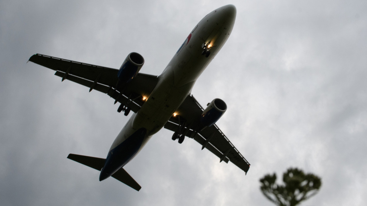 Крушение самолета Boeing 737 в Иране: два пассажира рейса PS 752 выжили из-за случайности