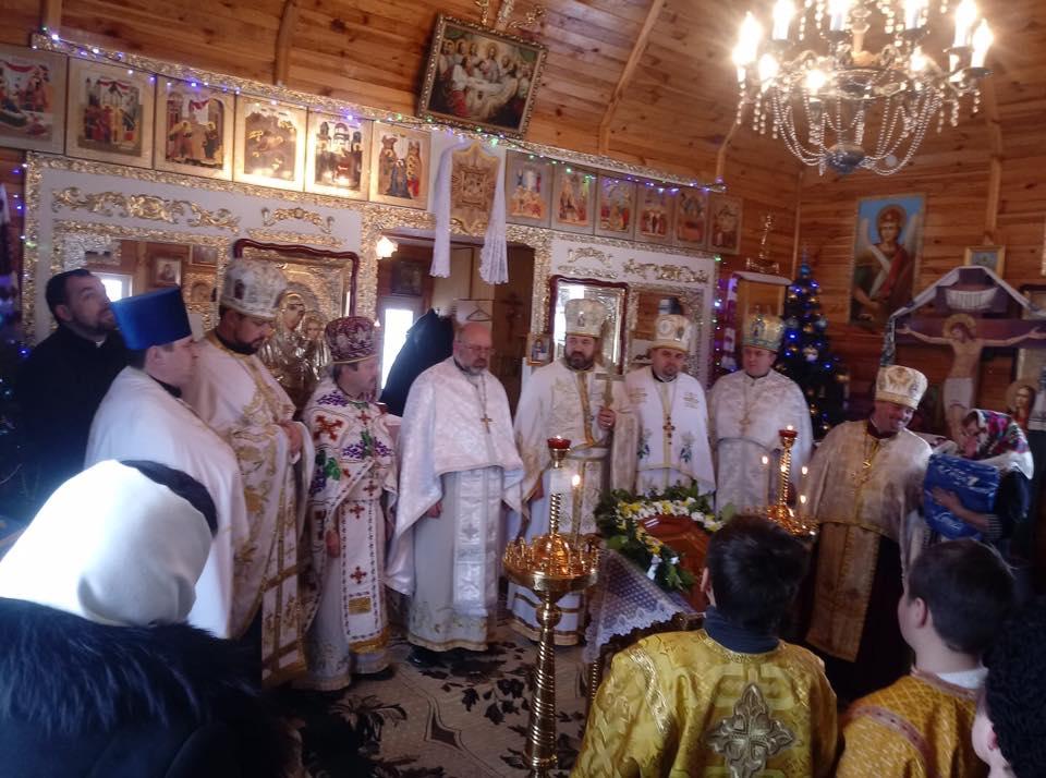 Приходы УПЦ МП продолжают переходить в ПЦУ: митрополит назвал количество присоединившихся парафий