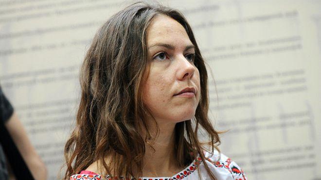 Сестру Савченко обвиняют в оскорблении чеченского судьи и не выпускают из России - адвокат