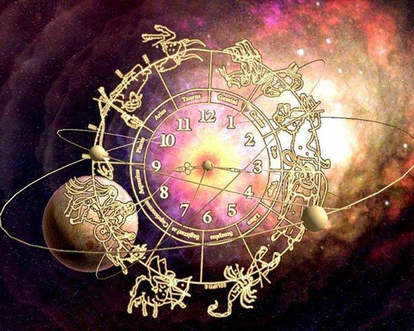 Астролог Павел Глоба предупредил об опасности в августе: неудачи одна за одной