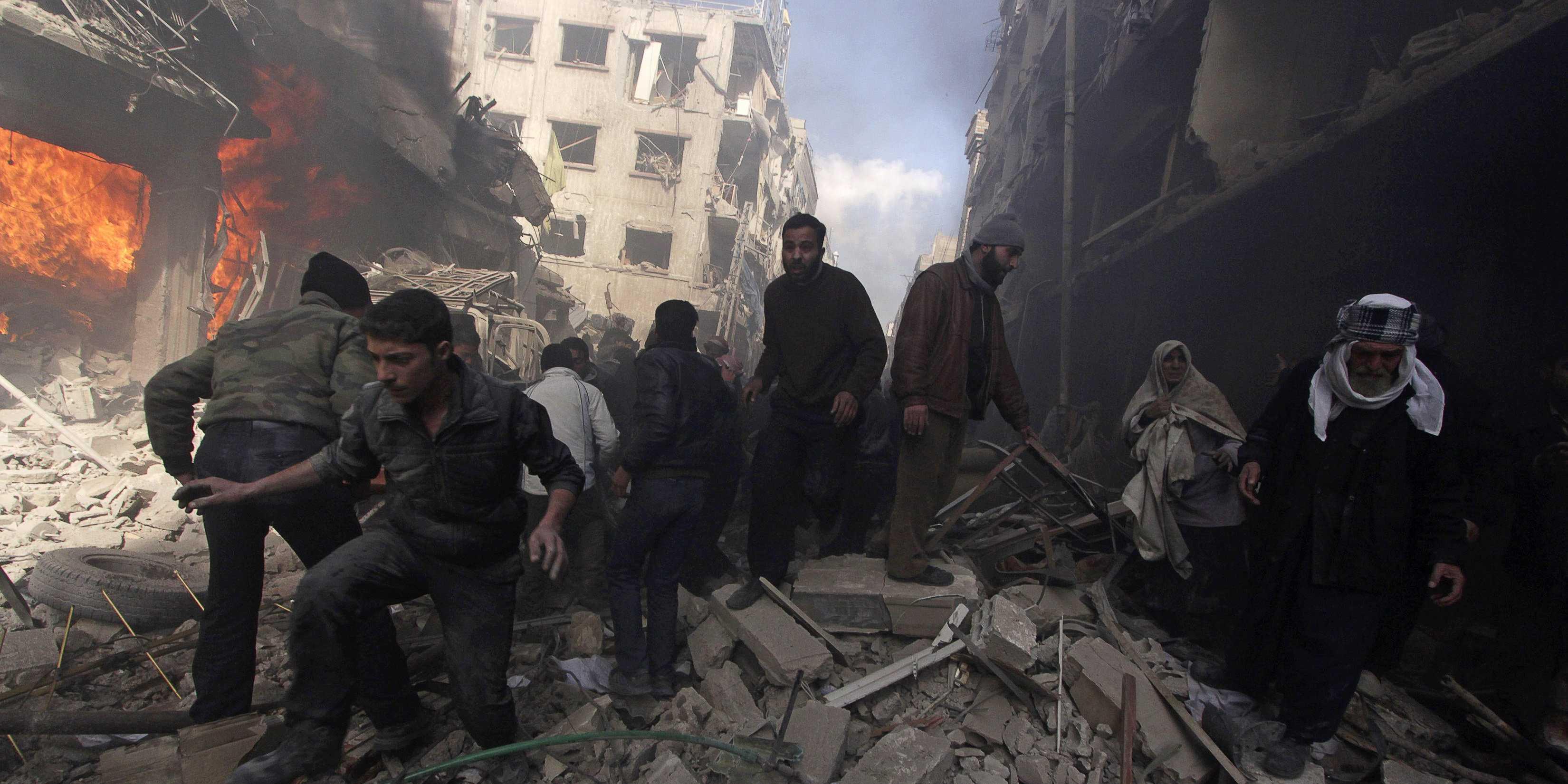 Очередная бойня в Сирии: между повстанцами и боевиками ИГИЛ возобновились жестокие сражения