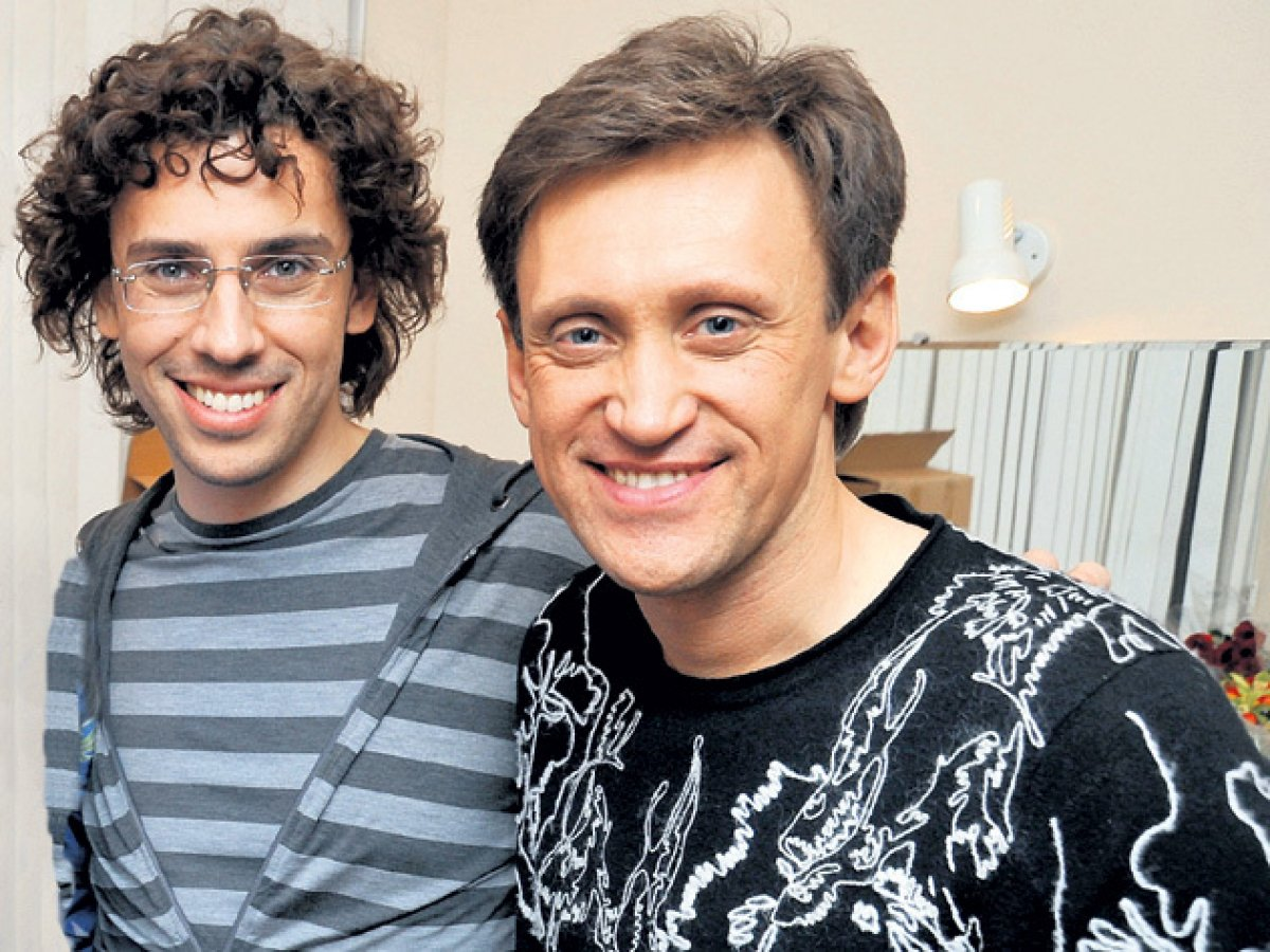 РосСМИ: Галкин и Дроботенко замечены в брачном агентстве за границей