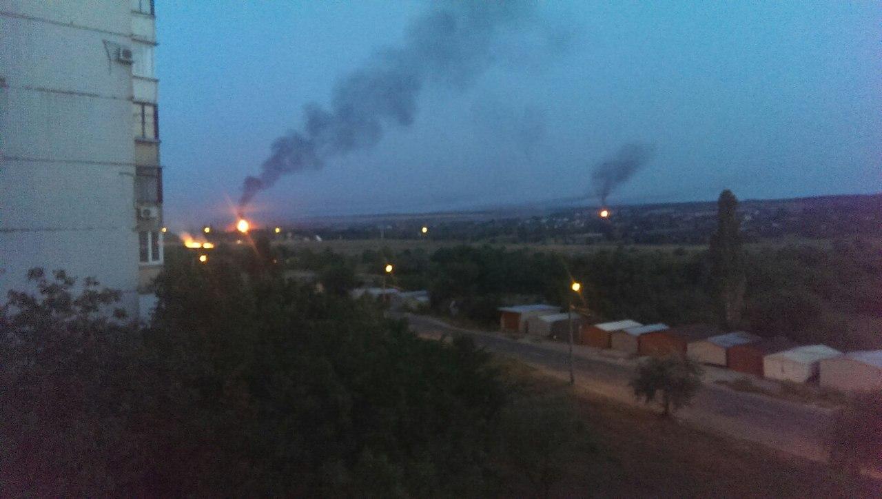 В Донецке снова горит хутор Широкий