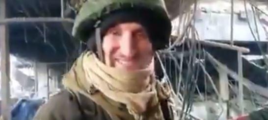 Россияне смеются на руинах аэропорта Донецка рядом с местом гибели бойцов ВСУ – видео без слов