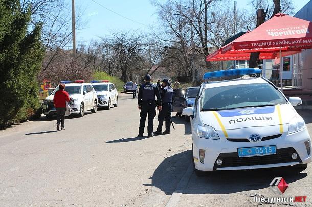 В СИЗО Николаева бунтуют заключенные - к учреждению стянуты отряды полиции и Нацгвардии: появились первые кадры