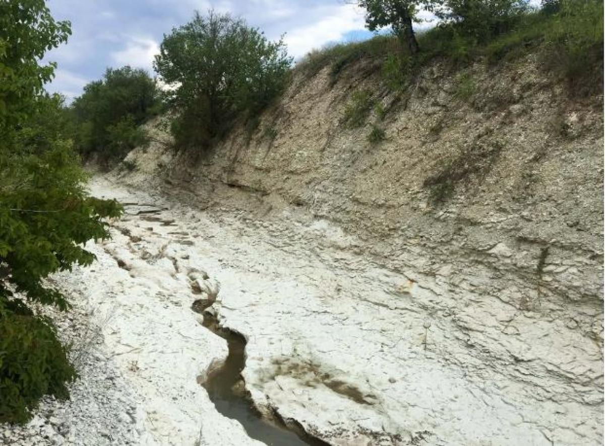 В Крыму практически высохла река Кача: в Сети показали, какой источник был всего год назад