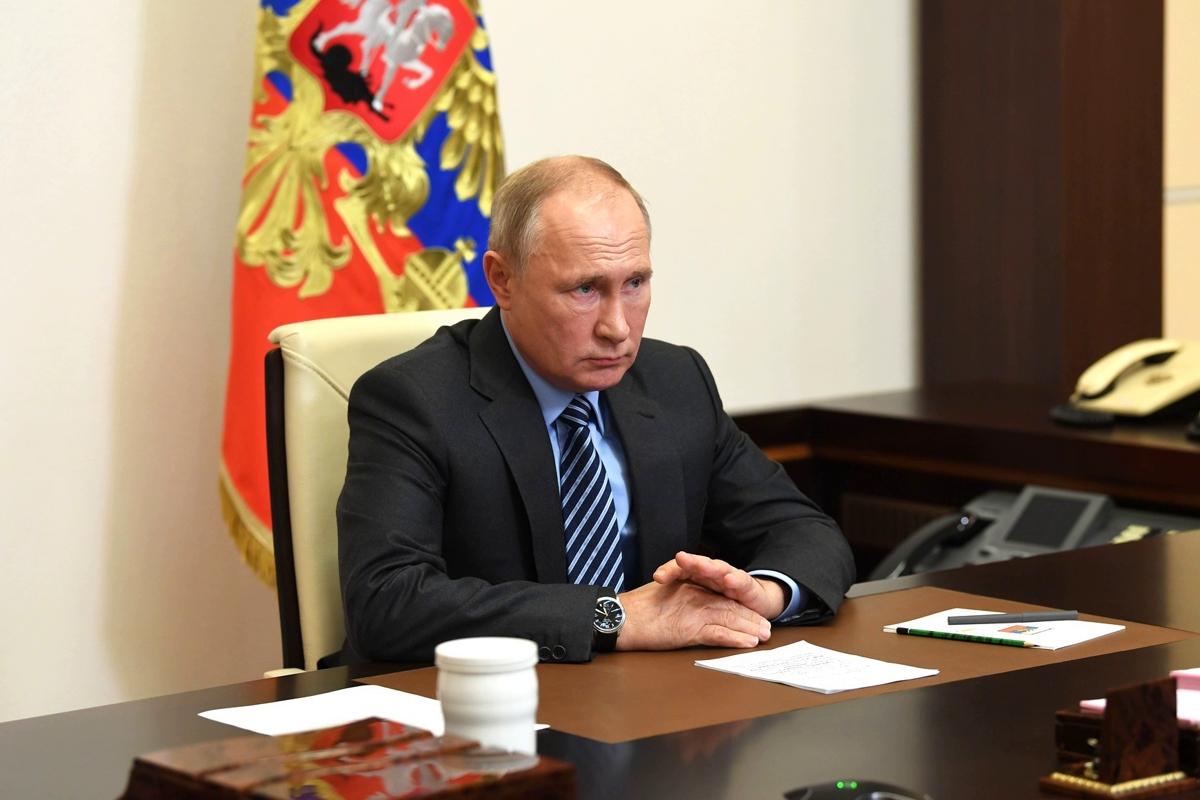 """Путина поймали на """"обмане"""" - президент РФ неудачно оправдался за отказ поздравлять Байдена"""