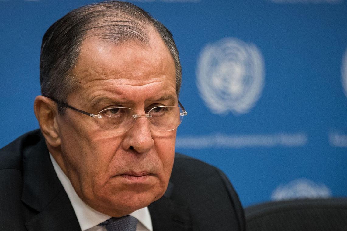 В Кремле не могут поверить: Лавров не нашел слов в ответ на планы Киева разорвать договор о дружбе с РФ