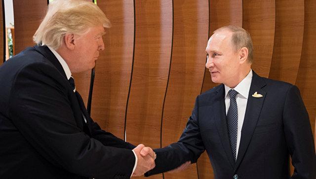 """Появилась """"горячая"""" информация, о чем говорили Трамп и Путин в самом начале своей встречи на саммите G20"""
