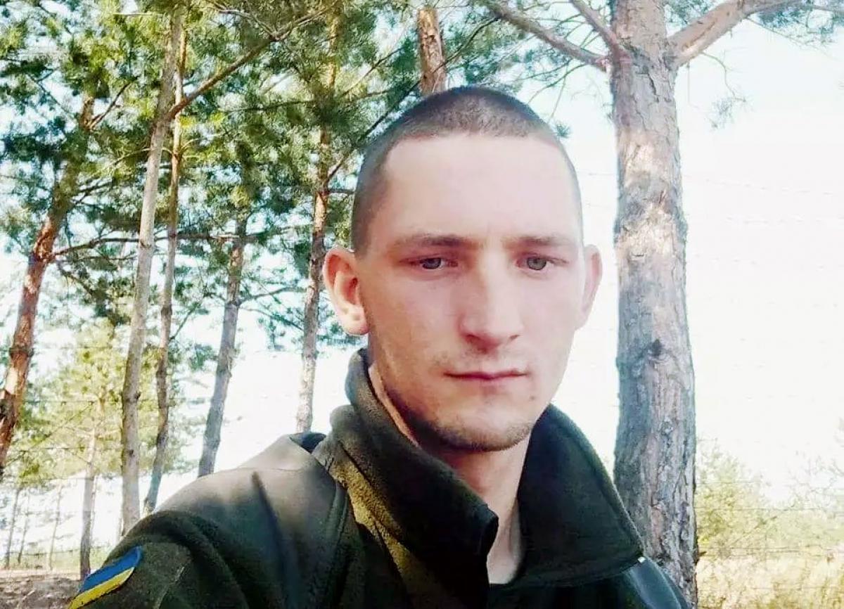 На Донбассе снайпер убил 24-летнего Александра Карпика: что известно о Герое Украины