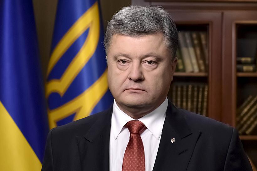 """""""Порошенко - это один из немногих лидеров Украины, за которого не стыдно"""", - Чекалкин о достоинствах президента"""