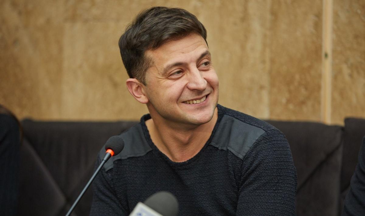Зеленский ответил на призыв Вакарчука и предстал в образе Тимошенко – фото
