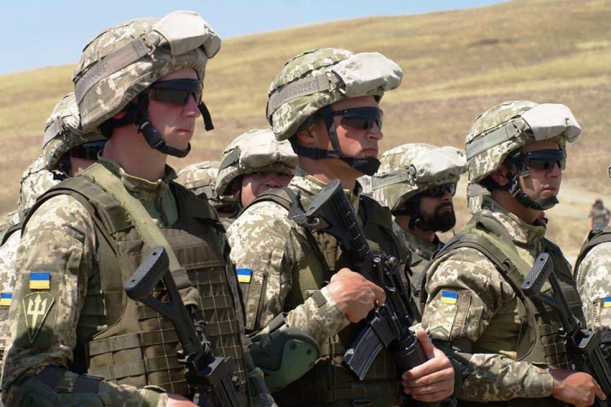 На Арабатской стрелке группа проникла на объект ВСУ – военные применили оружие