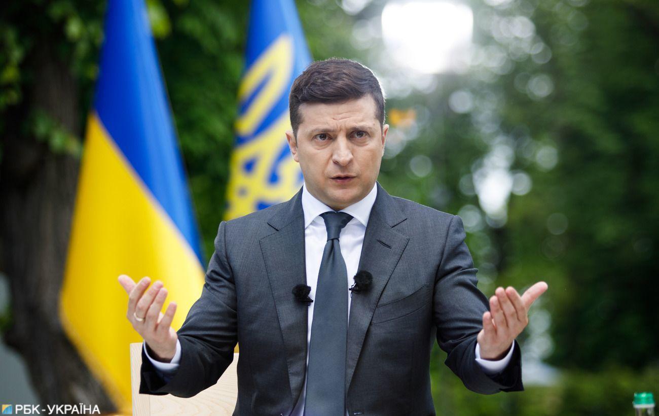 """Зеленский поздравил украинок с 8 Марта: """"Вы невероятные все 365 дней"""""""
