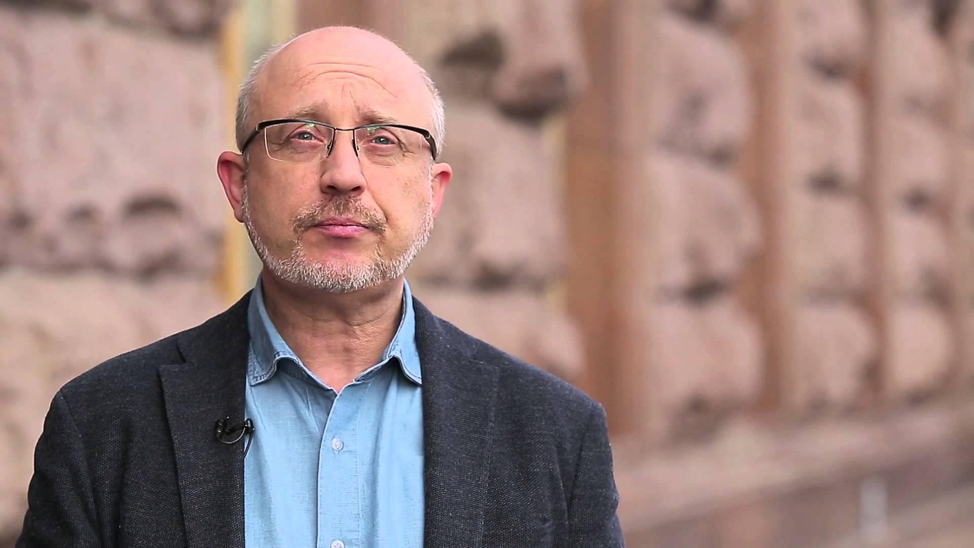 """Резников о Донбассе: """"Нам главное – не взять его обратно как опухоль, с которой мы не знаем, что делать"""""""