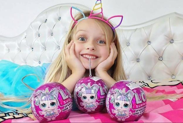 Распаковка как игра: почему дети любят игрушки-сюрпризы