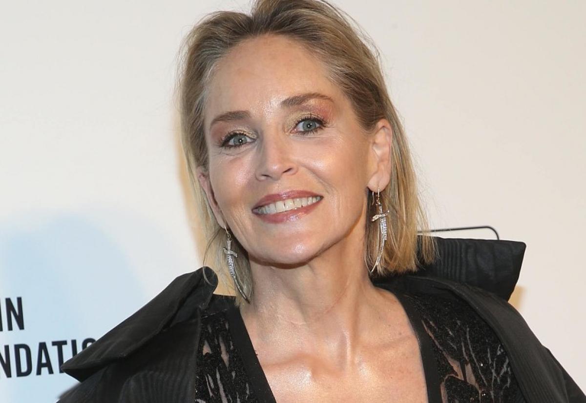 Шэрон Стоун в 62 года дала фору 20-летним красоткам