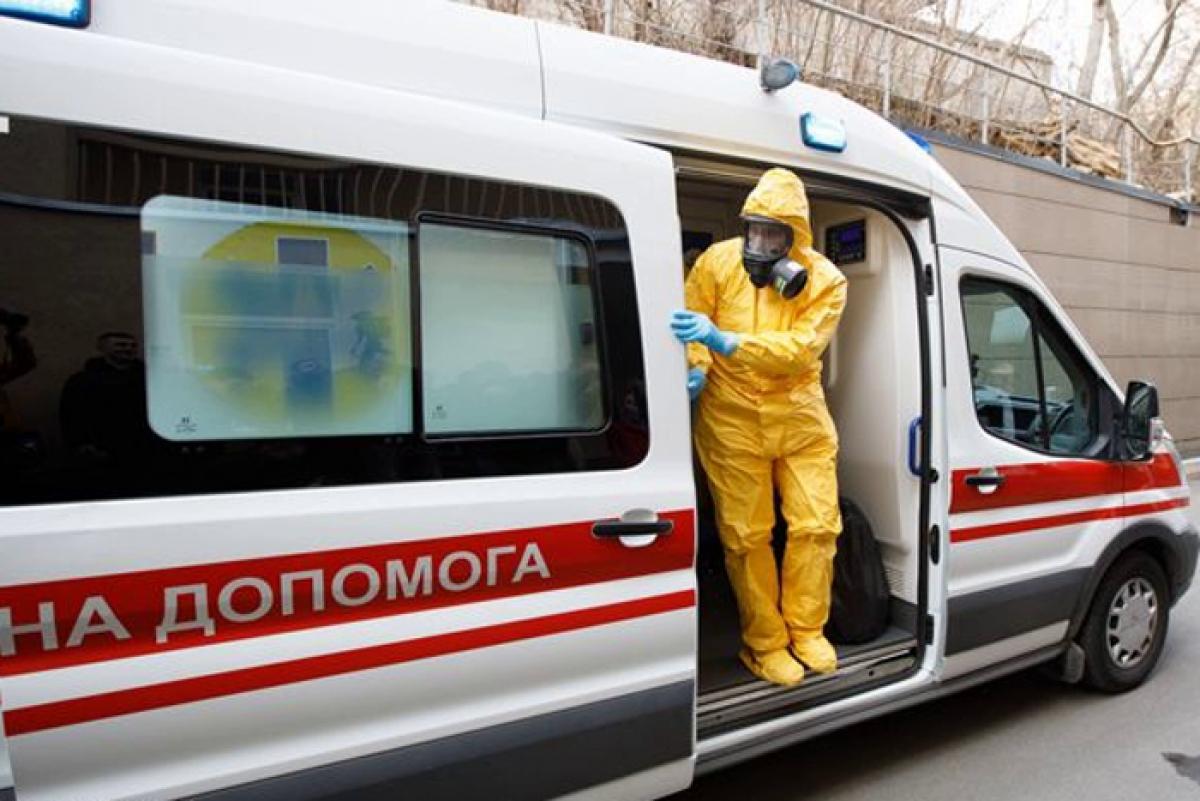 Вторая смерть от COVID-19 в Украине: Минздрав сообщил о резком росте инфицированных и умерших
