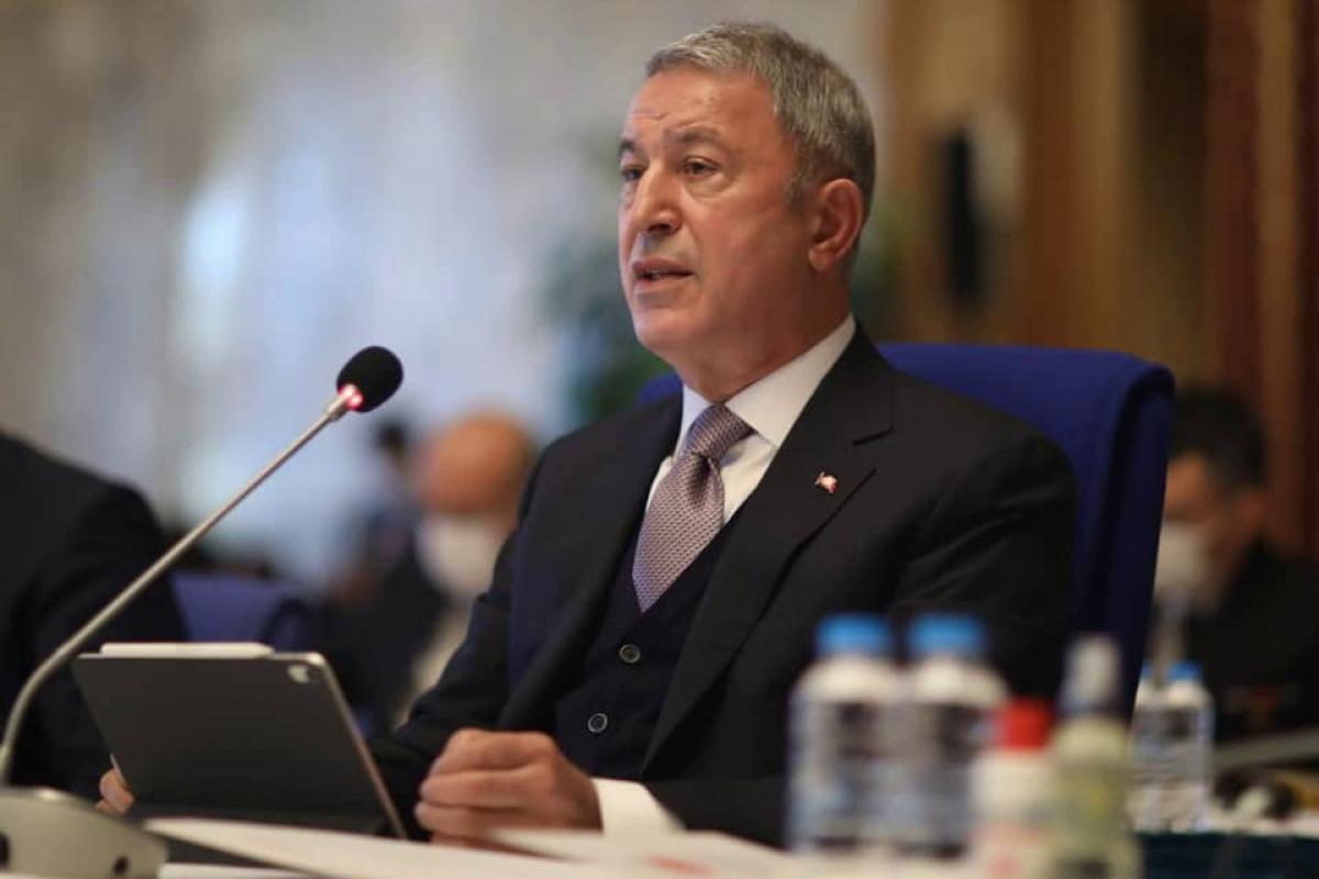 """Турция начинает переброску солдат в Карабах, министр обороны Акар дал отмашку: """"Сухопутные войска и ВВС готовы"""""""