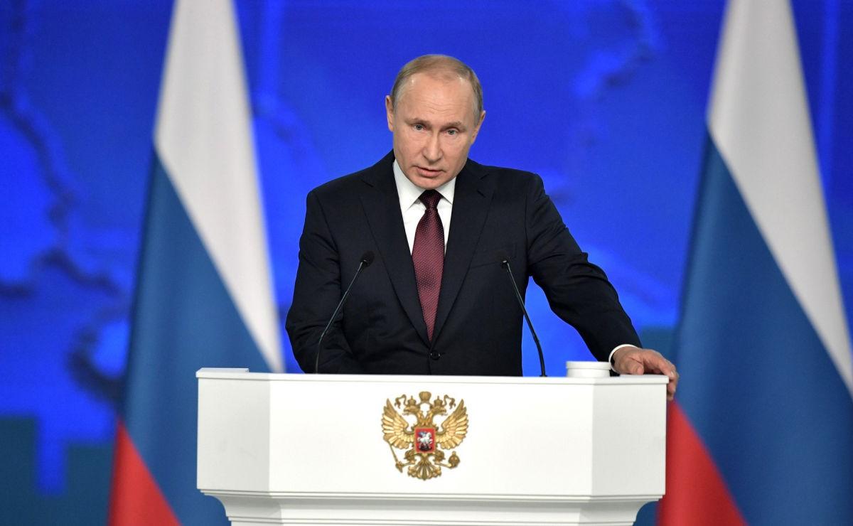 Экстренное послание Путина к Федеральному собранию: сегодня в 12:00 Кремль может объявить войну Украине