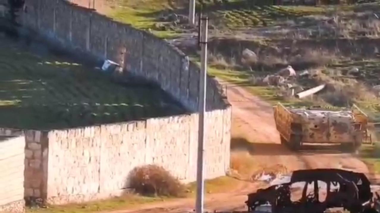 Война в Сирии: смертник направил БМП со взрывчаткой на позиции войск Асада под Идлибом - есть жертвы