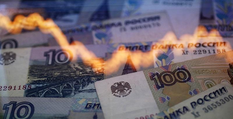 """""""Новый удар со стороны США может стать фатальным"""",-  экономист Джон-Пол Смит, предсказавший дефолт России в 1998 году, сделал громкий прогноз"""