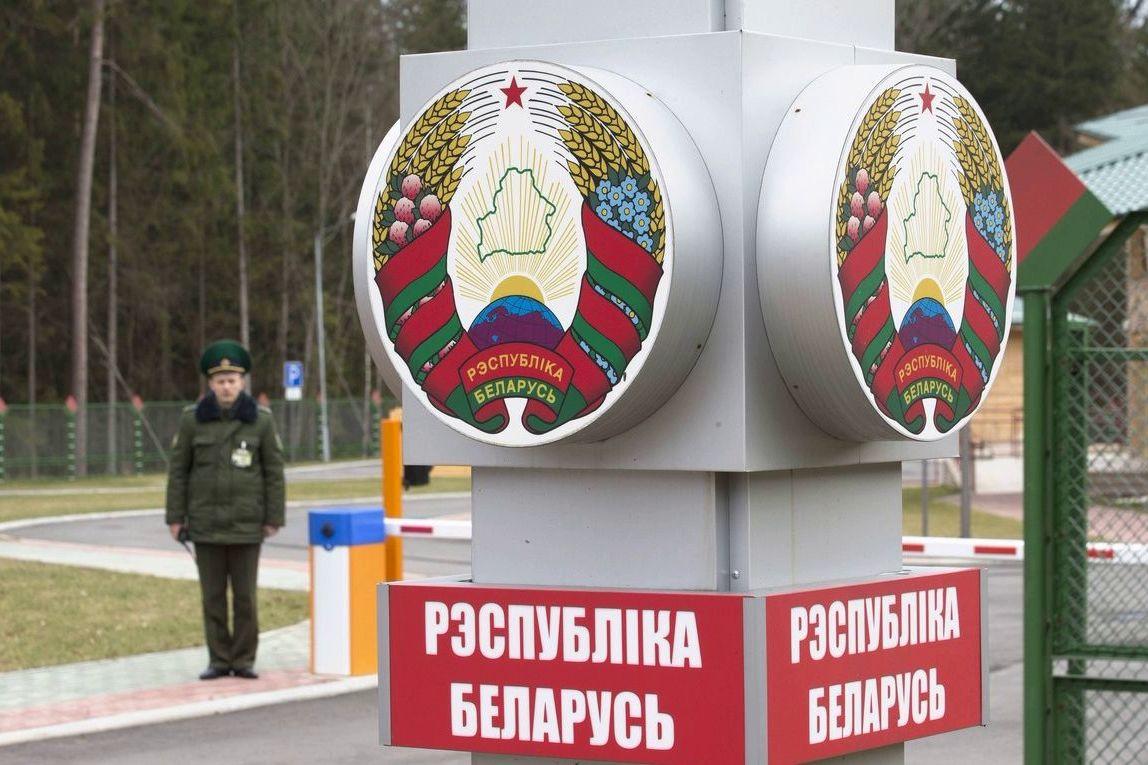 Запрет на въезд в Беларусь военным ВСУ и ветеранам АТО: в Минске прокомментировали слухи