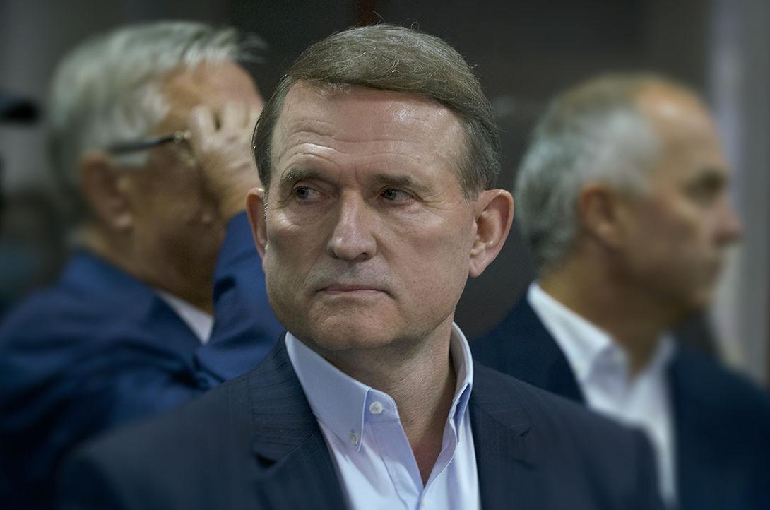 """""""Весьма унизительно"""", - росТВ заметило изменения внешности Медведчука после суда по госизмене"""