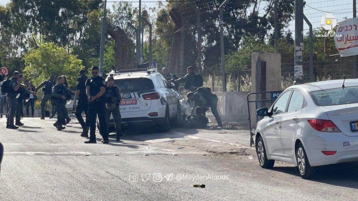 Теракт в Иерусалиме: много пострадавших полицейских, нападавший ликвидирован