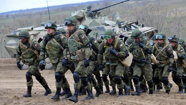 РФ готовит обострение на Донбассе: в Донецк и Горловку прибыли новые подразделения российской армии