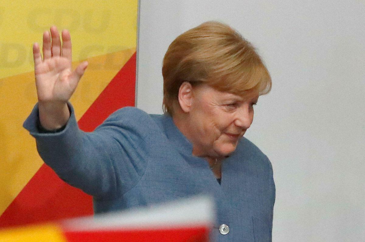 Меркель не сказала ни слова: канцлер Германии узнала экзитполы выборов в Бундестаг