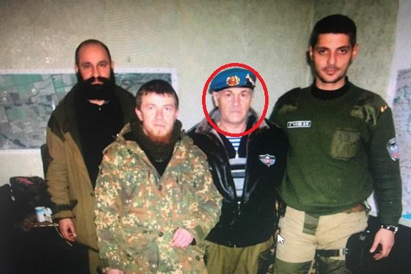 Такое же никчемное чучело, как Гиви и Моторола: властям Украины дали совет, как поступить с задержанным сепаратистом и полковником ВС РФ Гратовым