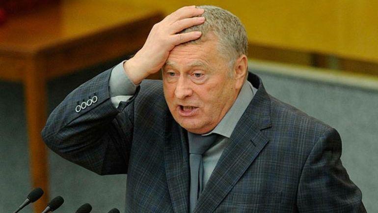 Упал, как и его империалистические планы: Жириновский насмешил Сеть своим падением на сцене - кадры