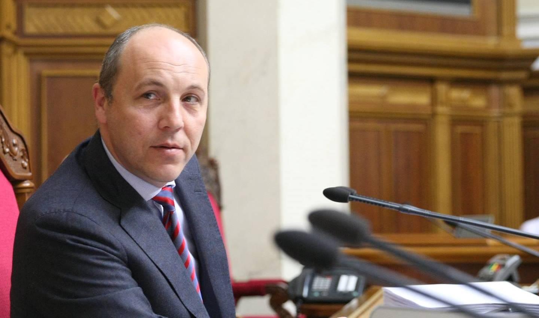 Влодарчик с Акопяном едва не усыпили зрителей, экс-украинец Вовк проиграл Руновски
