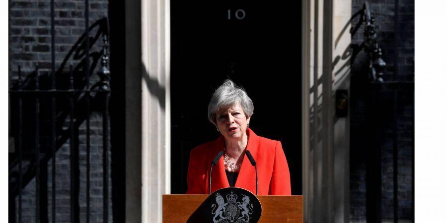 Великобритания, Политика, Мэй, Отставка, Премьер.
