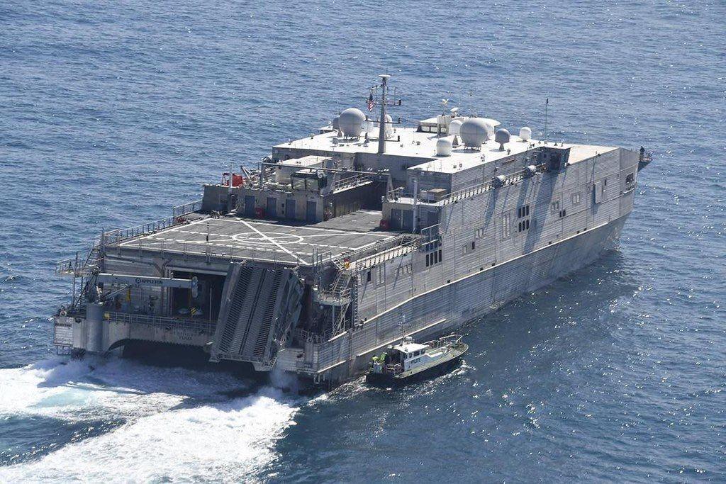 Пентагон направил в Черное море тяжелый десантный корабль: USNS Yuma перевозит бронетехнику