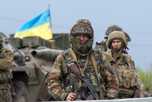 Ночь в АТО: ДРГ боевиков обстреляла бойцов ВСУ из АГС и стрелкового оружия