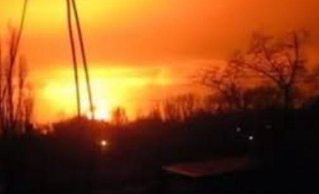 """Жители Донецка: """"В стороне Ясиноватой мощный взрыв и вспышка, слышны выстрелы, войнушка началась"""""""