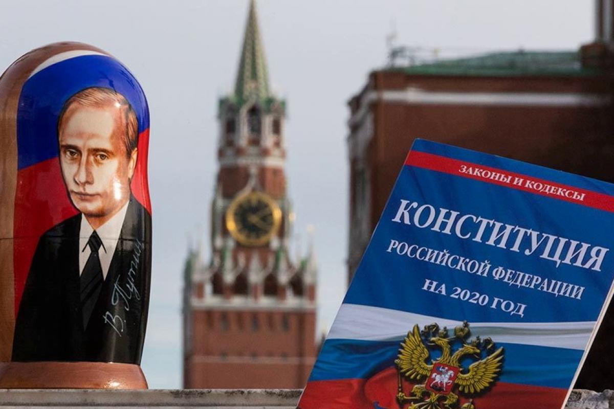 Кремль провалил голосование за Конституцию в Москве и Питере - данные независимого экзитпола