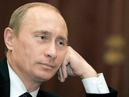 Путин согласовал доставку гуманитарной помощи на восток Украины