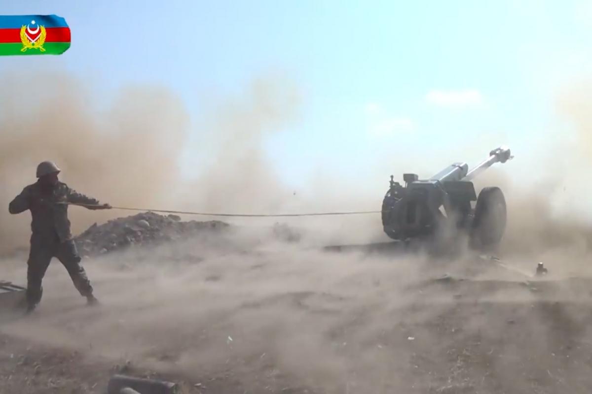 """Залпы """"Градов"""", Д-30 и """"Мсты-С"""": Азербайджан показал, как громит позиции Армении из-за Гянджи"""