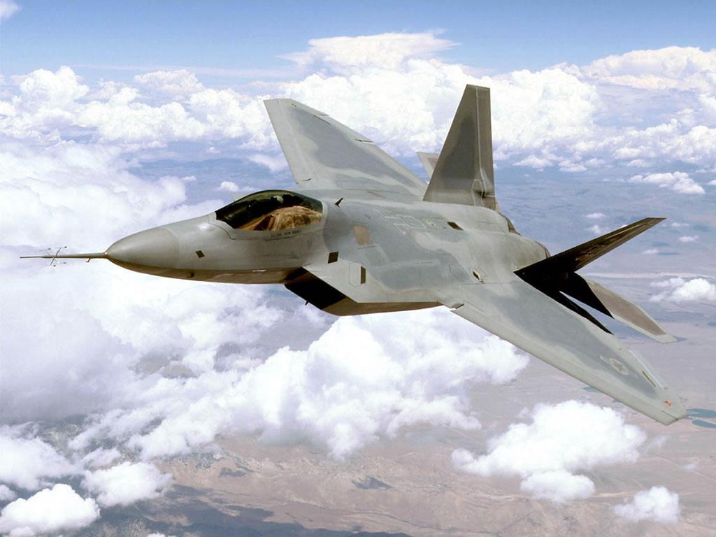 США на ближних подступах к России: американские истребители F-22 прибыли в Румынию