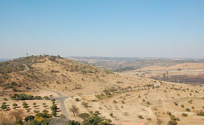 """Слабонервным лучше не смотреть: в ЮАР родился """"посланник Дьявола"""" с человеческим лицом. Жуткие останки чудища держат в страхе все местное население, это действительно ужас"""