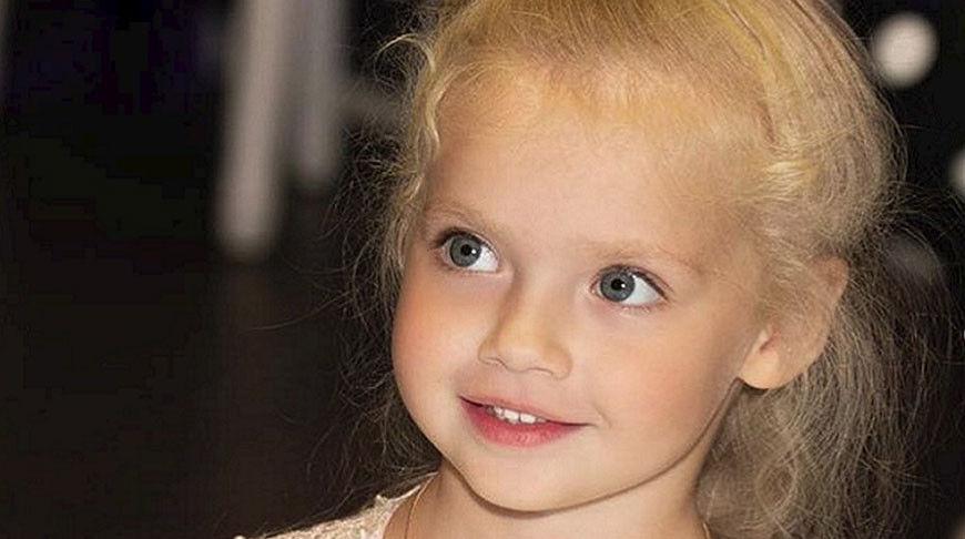 """У нового ролика с дочерью Пугачевой Лизой уже больше миллиона просмотров: """"Ее разве можно не обожать?"""""""