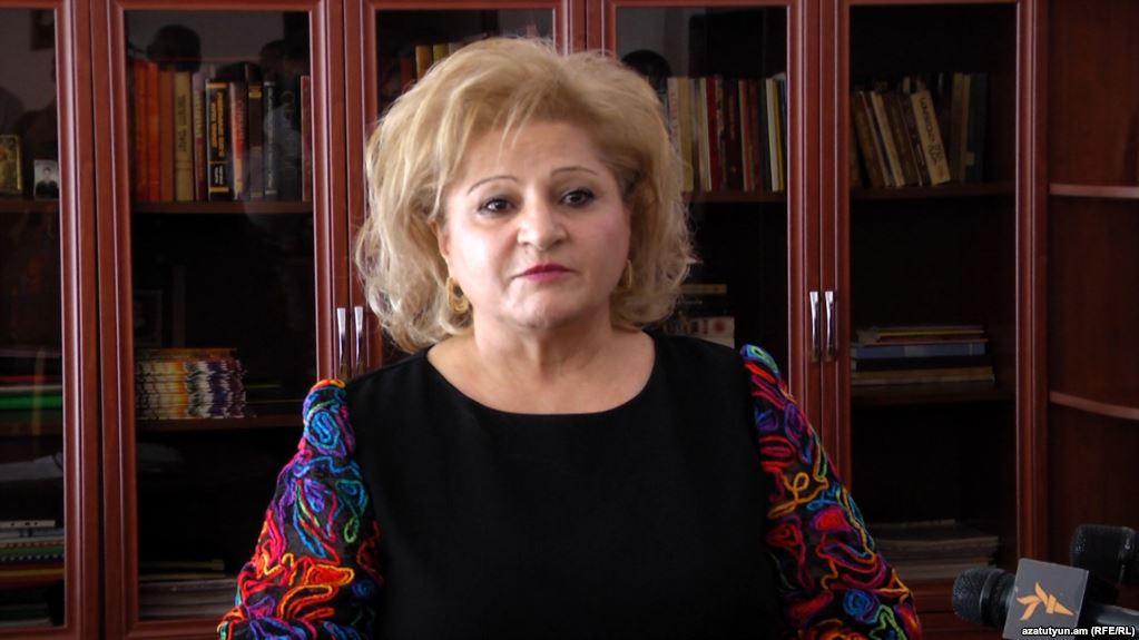 В Ереване уволили скандального директора, запретившего учителям ходить на митинги Пашиняна