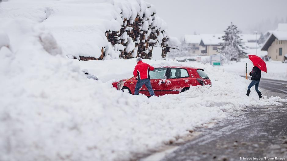 погода, снегопады, оползни, фото, видео, жертвы, разрушения, франция, словения, англия