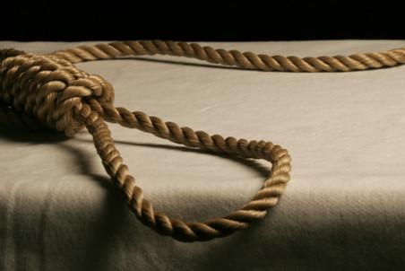 На Харьковщине солдат-срочник из Донбасса покончил жизнь самоубийством, натянув веревку на больничных перилах, - СМИ